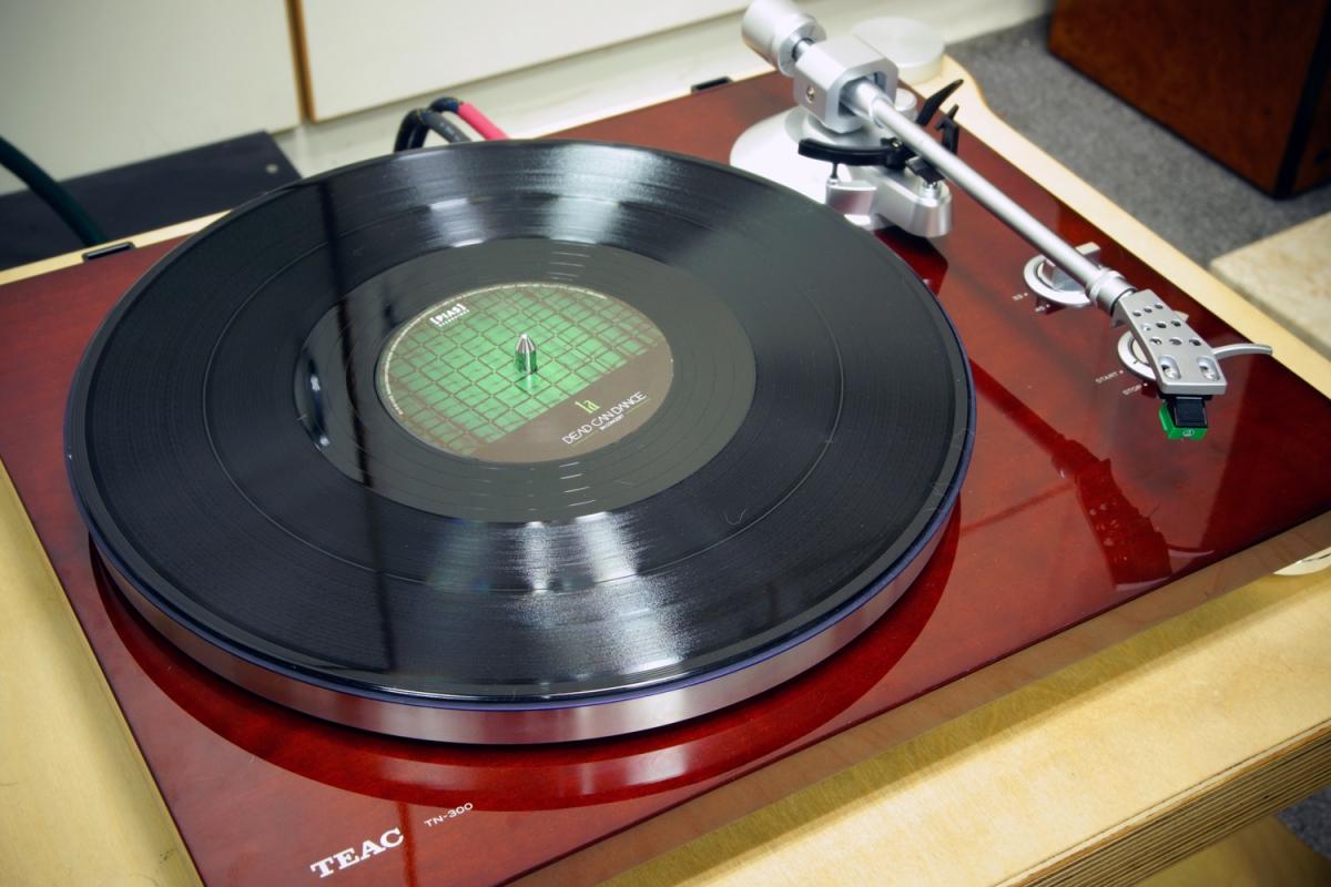 TEAC TN-300:入門唱盤中的霸主